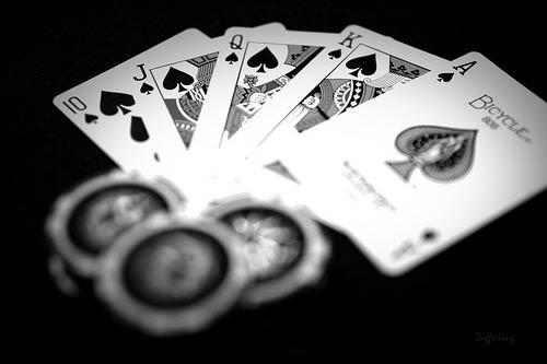 В казино пирамида автоматы играть игровые