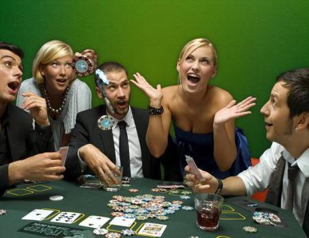 пригласят на покер домой